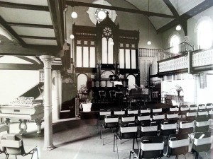 inside-east-hill-baptist-church